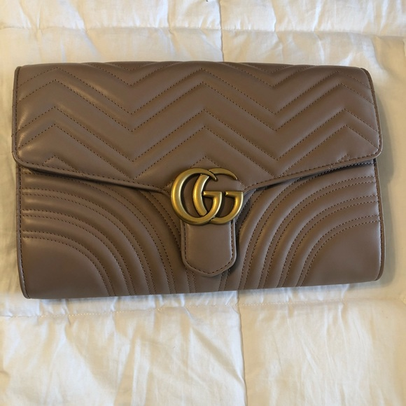 beb10baaac00d2 Gucci Bags | Brand New Marmont Clutch | Poshmark